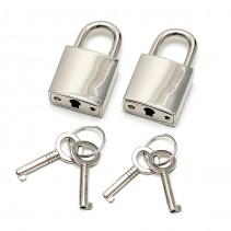 Dos candados con llaves